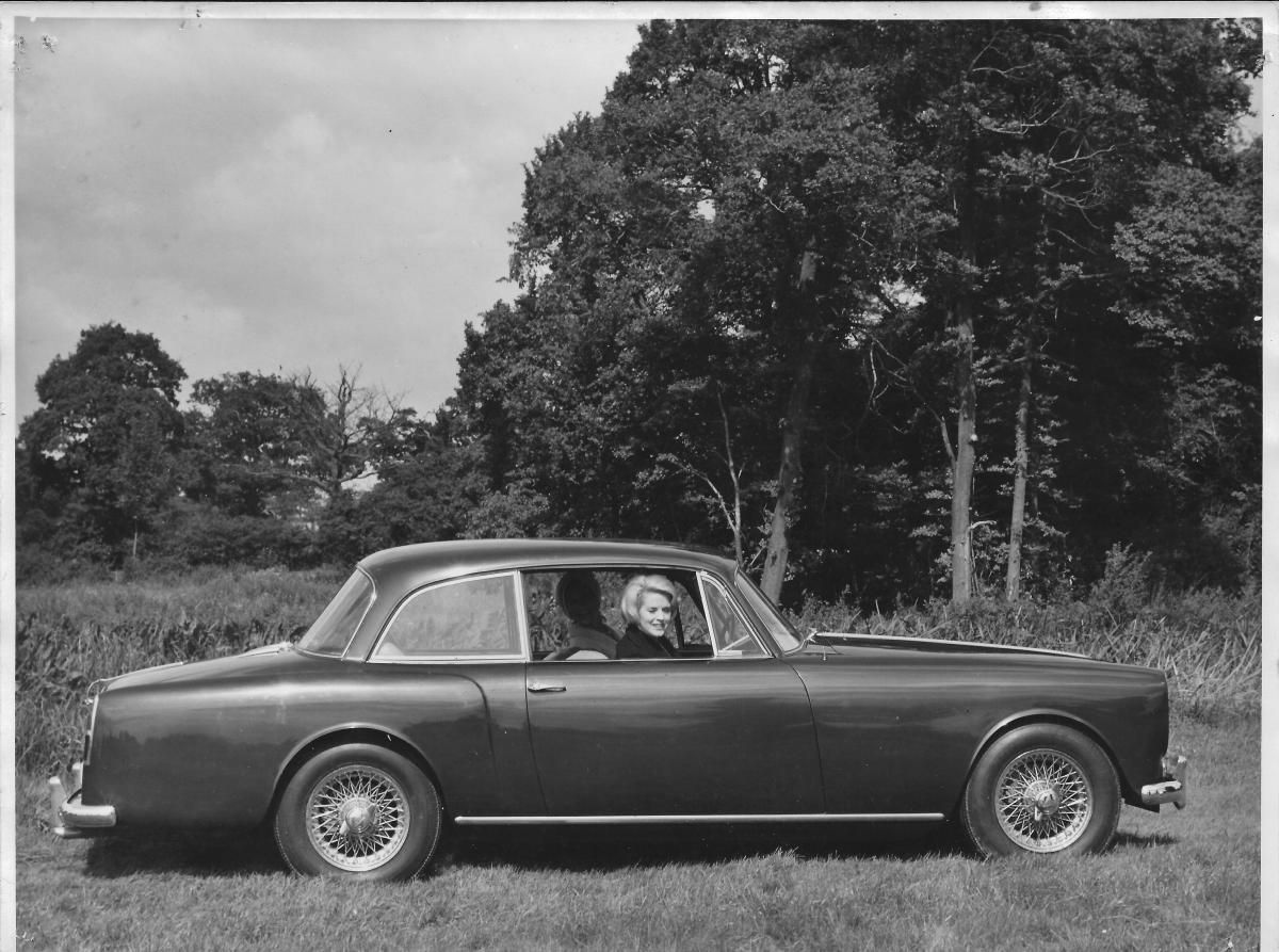 TE21 publicity photograph - Ernest Shenton Collection