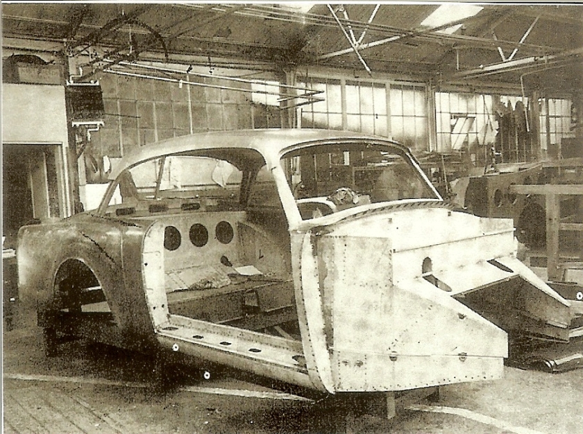 This previously published picture was believed to have been taken in the Park-Ward works. This is now thought to have been taken in the Graber workshop at Wichtrach and appears to show the prototype TD21 fhc body, Graber No 717 under construction before being sent to Park-Ward for copying.