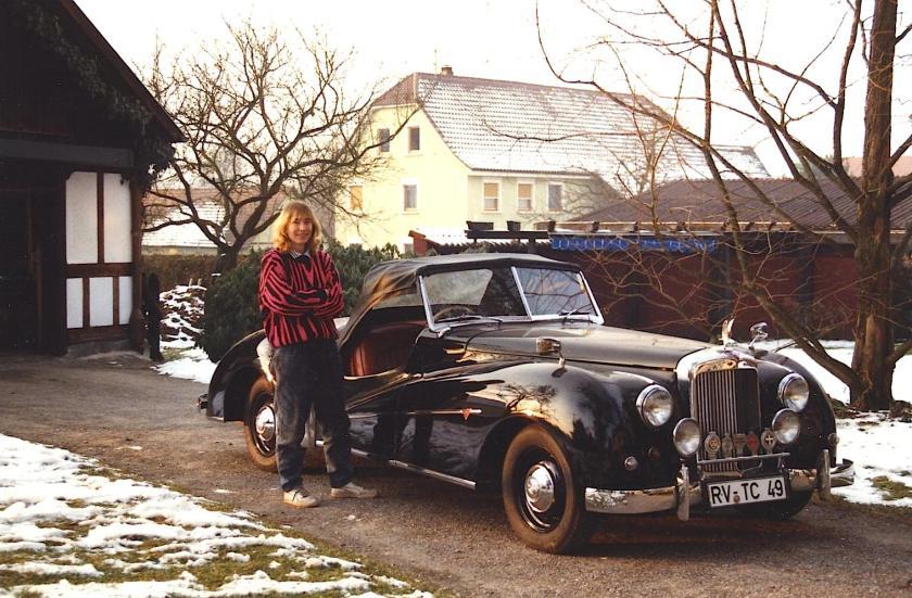 25143 (APM 1123) KVJ 520 Barbara Volkenandt