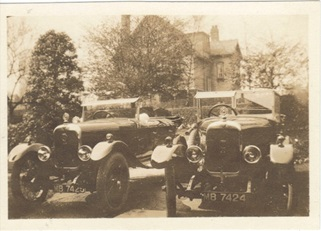 Alvises (MB 7424 and MB 7425) at home in Hale in 1925