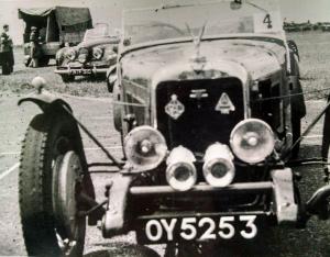 The earlier narrower car